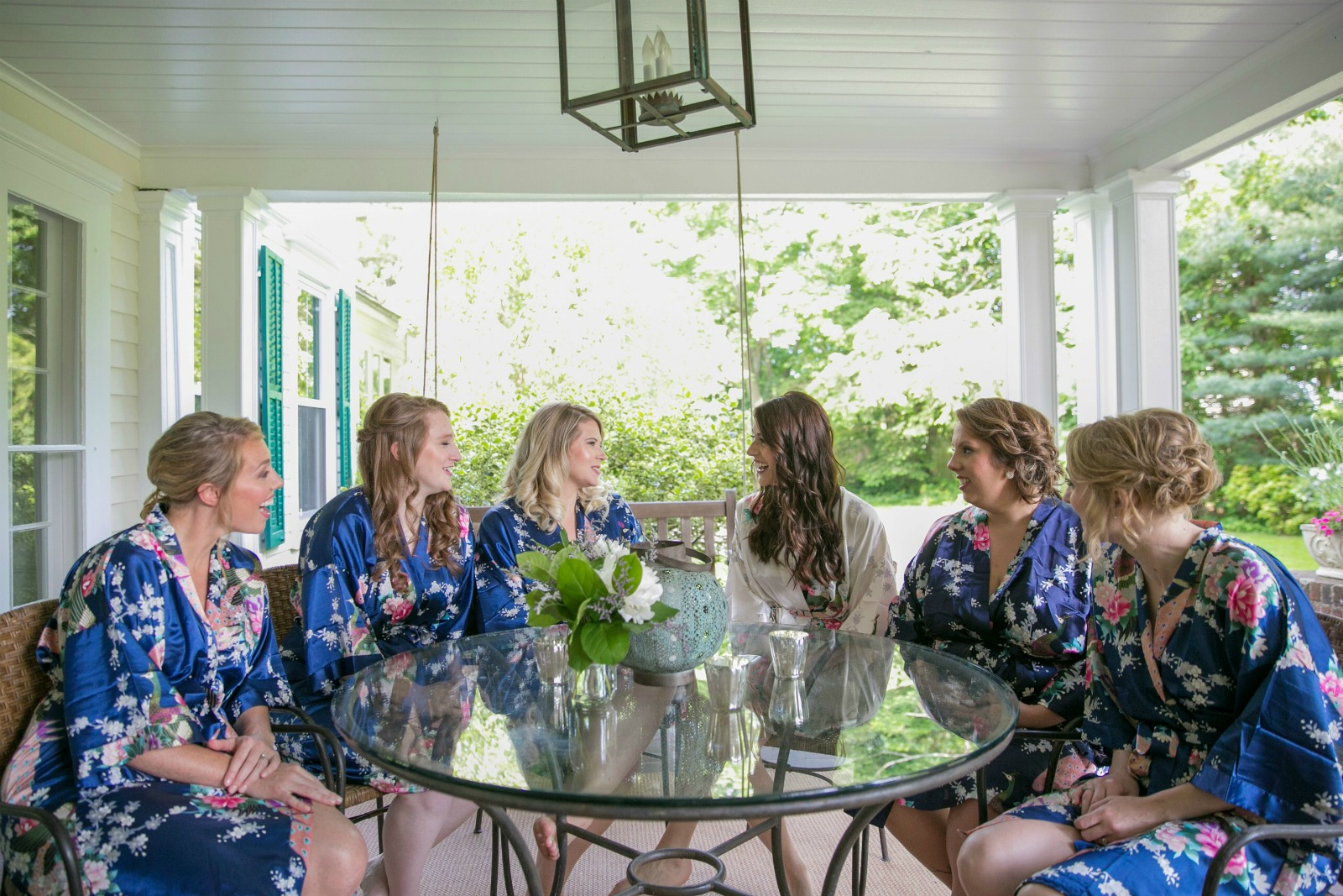 1a-bridesmaids-in-robes