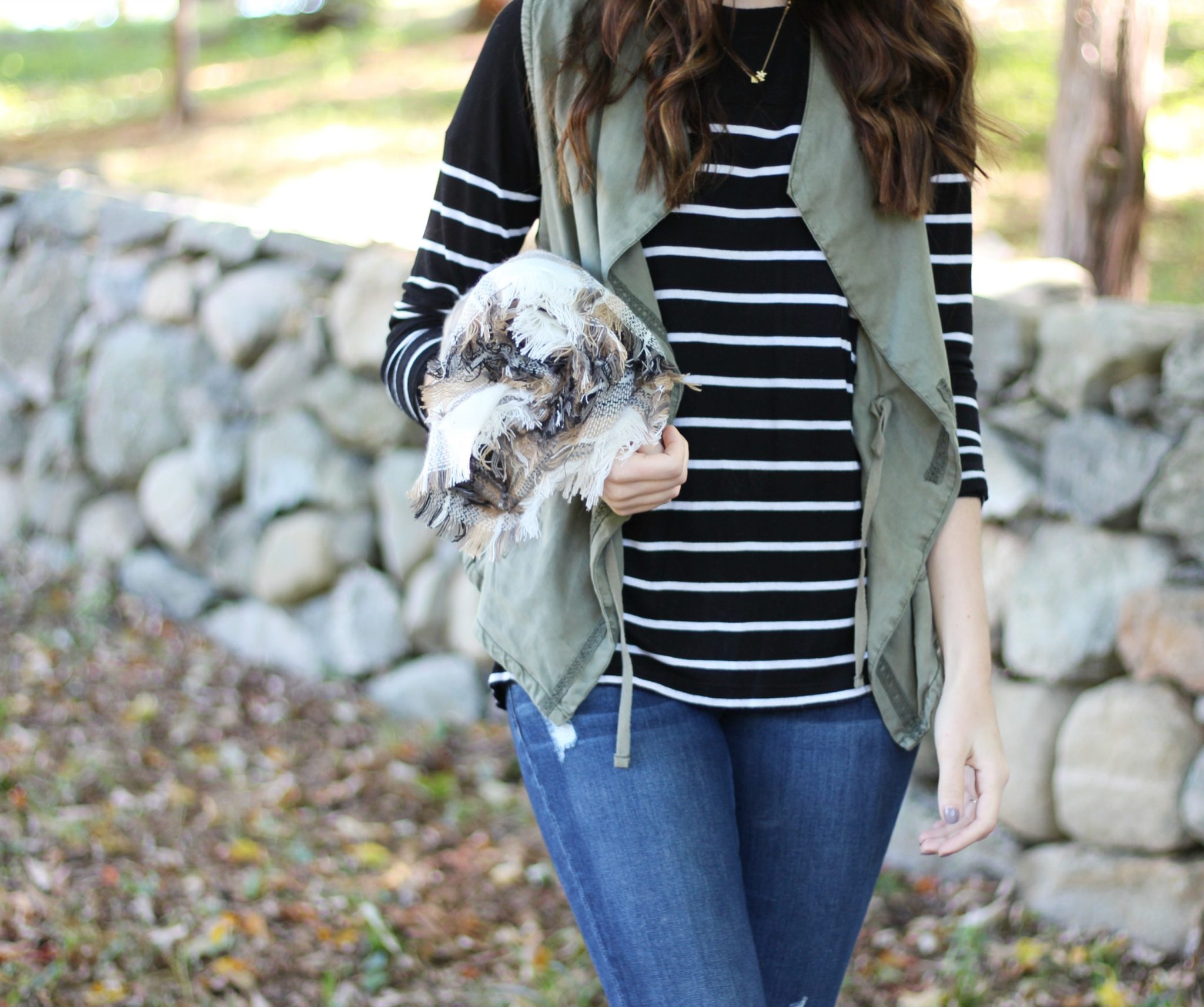 Fall Style | Army Green Vest Outfit