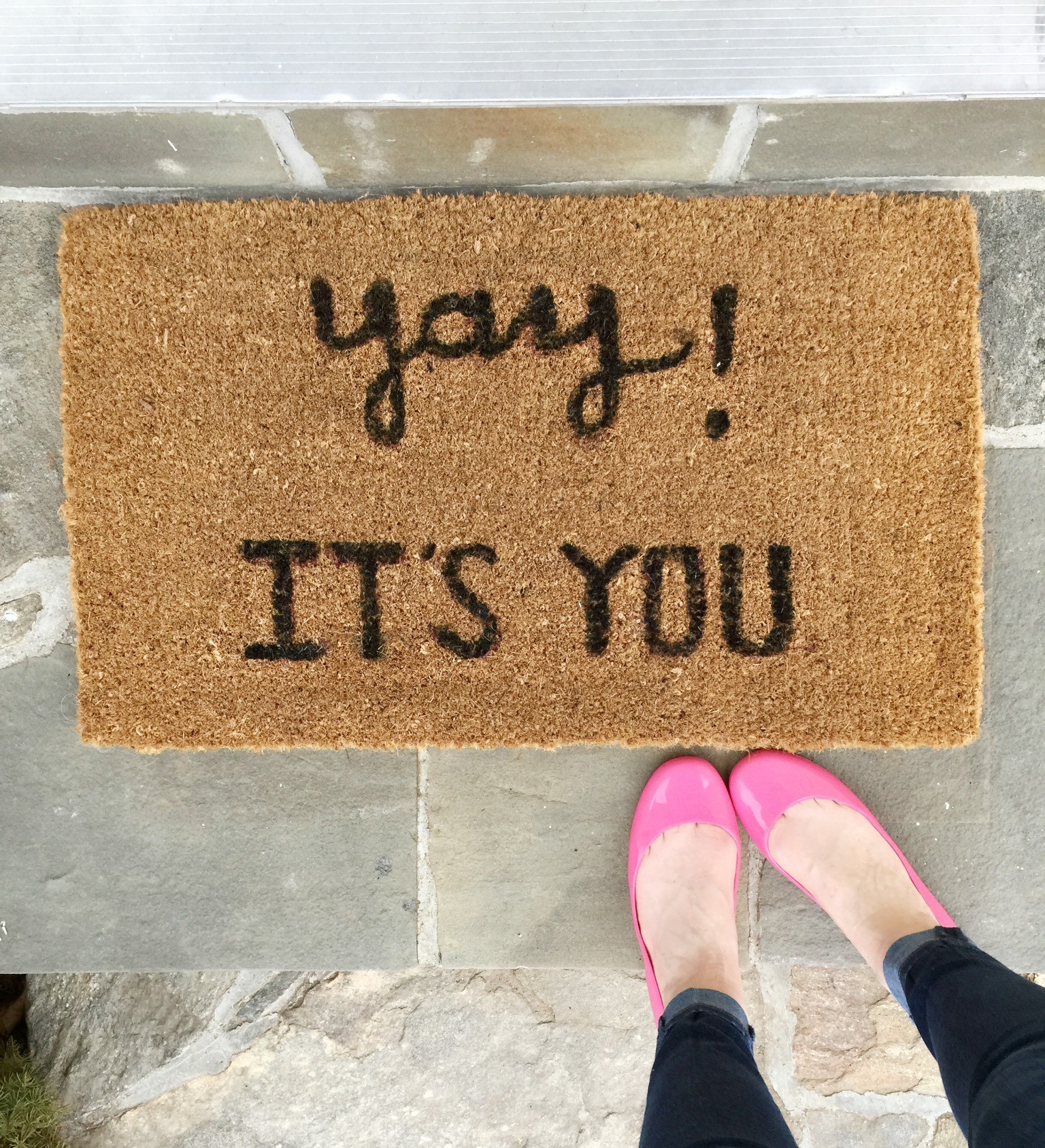 Diy Doormat Quot Yay It S You Quot Welcome Mat Do It Yourself