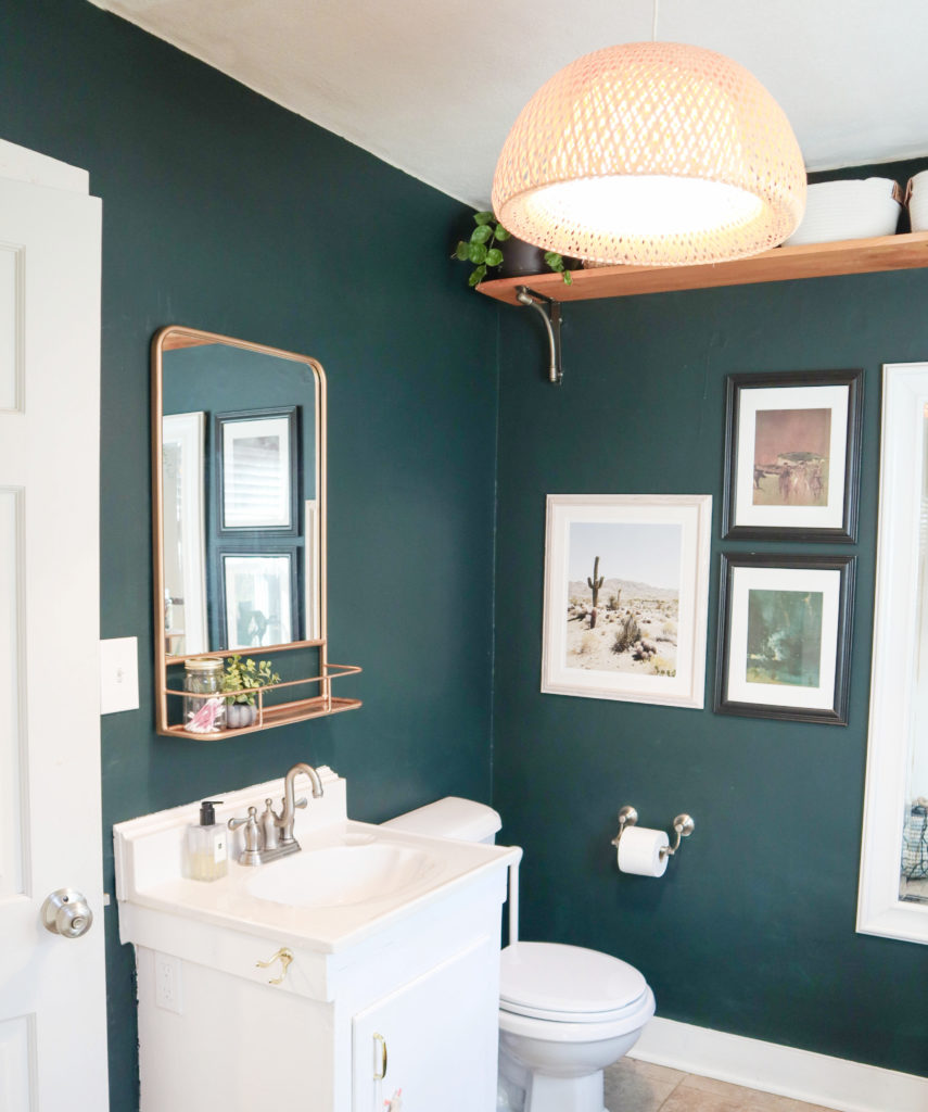 Guest Bathroom Mini-Makeover | Benjamin Moore Salamander